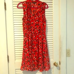 Banana Republic easy summer floral dress! Size M
